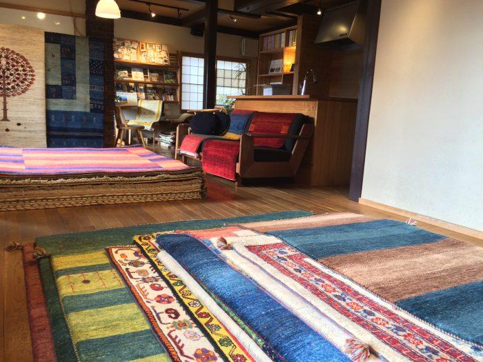 手織り絨毯 ギャッベ展