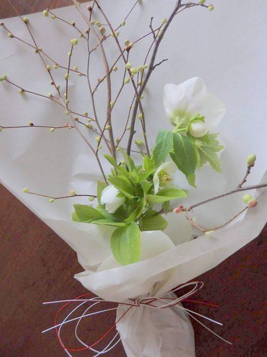 【終了】季節の庭にある植物を使った「花束づくりワークショップ」